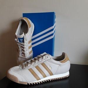 Adidas ROM Unisex Size 9.5